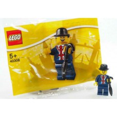 LEGO 40308 Lester Minifigure + LEGO 5001121 BR LEGO Minifigure polybag + LEGO 5005233 Hamleys Royal Guard (Polybag) Minifigures