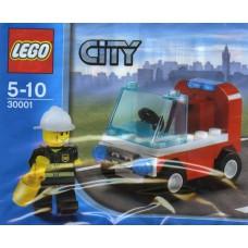 LEGO 30001 Brandweerman met brandweerauto